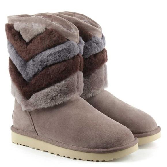 37793ffa8f9 Ugg Tania boots chevron mushroom gray blue size